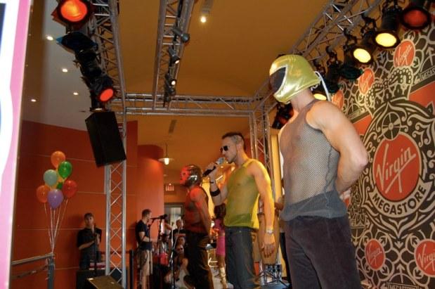 Arigold Performing